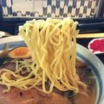 鈴乃屋 - 喉越しの良い中細麺