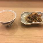 61634427 - 自然薯を出汁と醤油で伸ばして