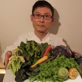 産地直送、新鮮野菜をふんだんに使用!