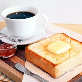 厚切りバタートースト