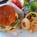 Burgers Cafe Pon Pon - アボガドバーガーモーニング