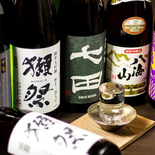 日本酒や焼酎など…日本全国より厳選した地酒を多彩にご用意○♪