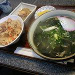6165966 - かやく御飯の定食