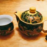 美麗華 - プーアル茶