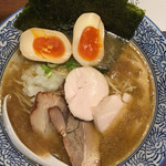煮干し中華そば 麺屋 新星 - 特製煮干鶏白湯そば
