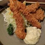 とんかつ大関 - ミックス定食(一口ヒレカツ2枚、海老フライ2本)1850円