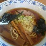 味の北京亭 - セットの中華そば。