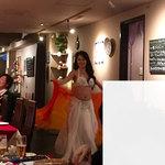 Isutamburuhanedan - ベリーダンスショーをしてくれた女性