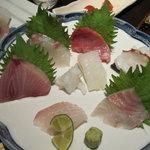 魚料理 吉成 - 刺し盛1人前
