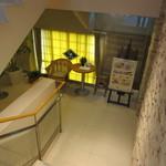 CAFE FREDY - 地下のお店への階段