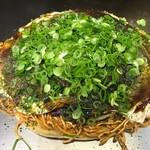 お好み焼き ロンちゃん - 料理写真:ピリ辛麺W+青ねぎ
