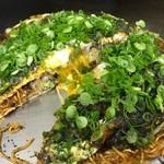 お好み焼き ロンちゃん - ピリ辛麺W+青ねぎ