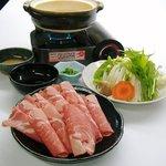 食いしんぼアイワ - しゃぶしゃぶ小鍋 1人前  980円  仕上げにラーメン玉付いています♪
