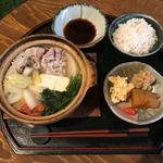 食堂 木洞商店 - 暖まる鍋定食