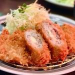 とんかつ浜勝 - 「昼得定食」税別1,090円 濱かつ名物、チーズが美味しい「オランダかつ」とヒレかつ、ロースかつ