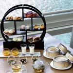 星期菜 - 15:00~17:00優雅なカフェタイムを演出。香港ハイティー 1800円