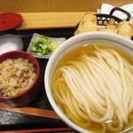 うどん和匠 - 鶏天冷かけ定食