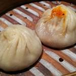 61691159 - JOE'S特製蟹肉入り小籠包&豚肉小籠包