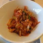 焼肉なべしま - サラダバーのキムチ