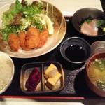 61696321 - カキフライ定食 650円(税込)
