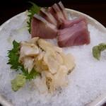 釣人料理 ほっぺち - 鰤、つぶ貝