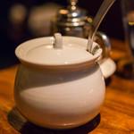 61702524 - 沙糖壺(さたうつぼ)