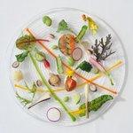 OTTO SETTE - 料理写真:彩の野菜をふんだんに使用したサラダ仕立ての前菜