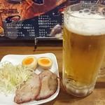61710055 - 晩酌セット ビール・白髪葱・煮玉子・チャーシュー