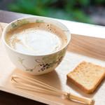 瑠万 - 人気メニュー『カフェオーレ』