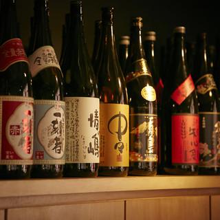 圧巻の40種類以上!選りすぐりの日本酒を味わえます