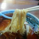 みはと食堂 - 細身で、ふわり優しい青竹打ち(手打ち)の中華麺です