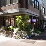 加茂寿司 - 外観。