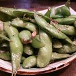 博多屋 - ガーリック枝豆