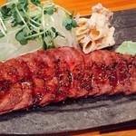 一品料理 ひとしな - 仙台牛ミスジ肉のステーキ