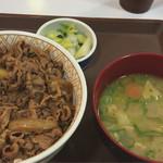 すき家 - トン汁おしんこセット 特盛 720円