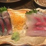 魚大将 うまかっぺや - しめ鯖¥350(税別)、カンパチ刺し¥380(税別)