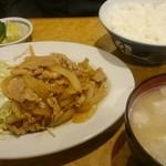 かつ秀 - 生姜焼き定食