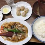 61753574 - 酢豚定食
