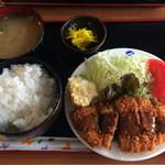 61759409 - 2017.1.27 トンカツ定食¥550