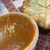 ディープジョティ - 料理写真:豆カレーのランチ。ナンはゴマチーズナンに変更。