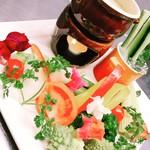 ビストロ藏の灯 - 季節野菜のバーニャカウダ