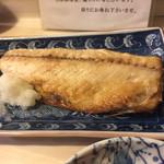季節料理 千とせ - 鯖は大きな半身