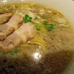 麺や 佐渡友 - 醤油らー麺こってり(大盛)780円