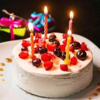 お誕生日や記念日のサプライズパーティーも大歓迎です!!