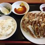餃子苑 富丘の里 - 餃子食べ放題 ファーストセット