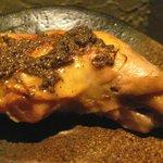 AZ DINING - 骨付き鶏もも肉の白ワイン煮込み