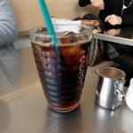 レインボーパンケーキ - アイスコーヒー