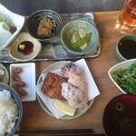 離島キッチン - :島めぐりランチ御膳¥2.000