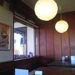 うどんの上州 - [内観] 店内 テーブル席