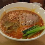 担々麺 ほおずき - 燻製焼豚担々麺